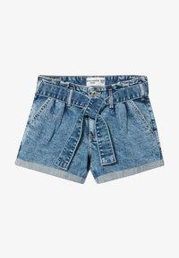 Abercrombie & Fitch - MINI MOM - Jeans Shorts - acid wash - 3