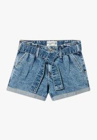 Abercrombie & Fitch - MINI MOM - Jeans Shorts - acid wash - 0