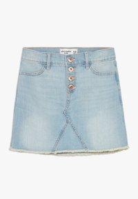 Abercrombie & Fitch - EXPOSED SHANK SKIRT  - Denim skirt - light wash - 0