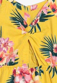 Abercrombie & Fitch - BUTTON THRU DRESS - Denní šaty - yellow floral - 4