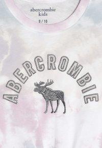 Abercrombie & Fitch - TECH CORE TIE FRONT  - Top sdlouhým rukávem - multi color - 4