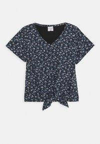 Abercrombie & Fitch - TIE FRONT - T-shirt imprimé - black - 0