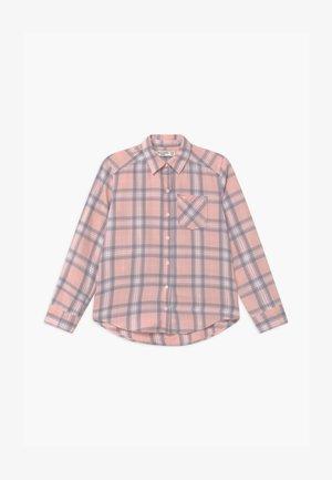Button-down blouse - pink plaid