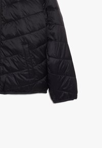 Abercrombie & Fitch - COZY PUFFER - Winter jacket - black - 4