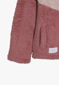 Abercrombie & Fitch - CHEVRON COZY - Light jacket - pink - 2