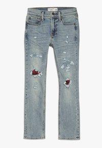 Abercrombie & Fitch - SKINNY DARK DESTROY BACKING  - Jeans Skinny - light blue denim - 0