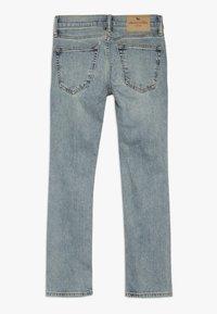 Abercrombie & Fitch - SKINNY DARK DESTROY BACKING  - Jeans Skinny - light blue denim - 1