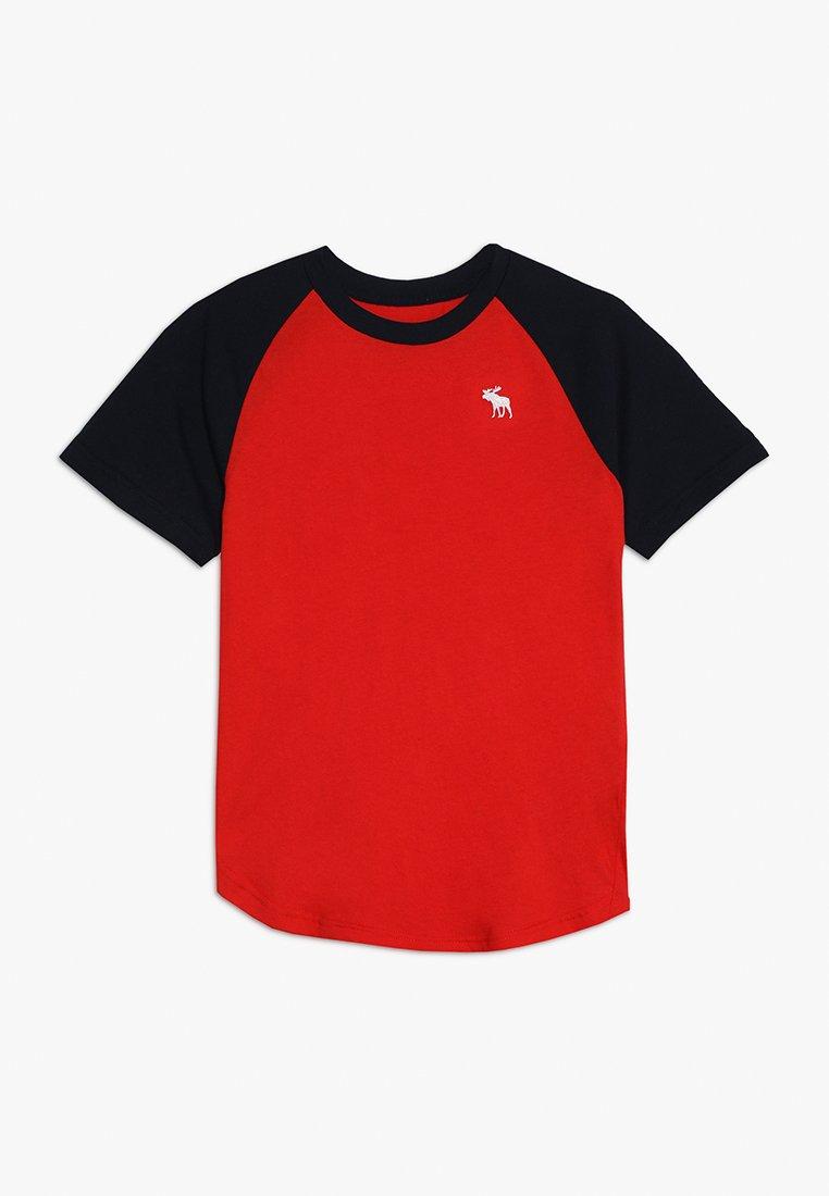 Abercrombie & Fitch - BASIC RAGLAN CREW - Print T-shirt - navy/red