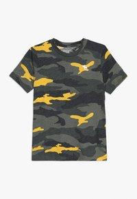 Abercrombie & Fitch - PATTERN - T-shirts print - khaki - 0