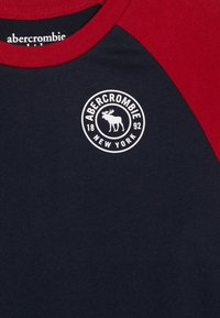 Abercrombie & Fitch - FOOTBALL TEE - T-shirt à manches longues - navy/red - 3