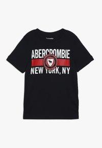Abercrombie & Fitch - VARSITY PRINT LOGO - T-shirt imprimé - navy - 0