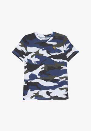 PATTERN  - T-shirt med print - khaki