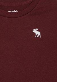 Abercrombie & Fitch - CORE CREW  - Basic T-shirt - bordeaux - 3