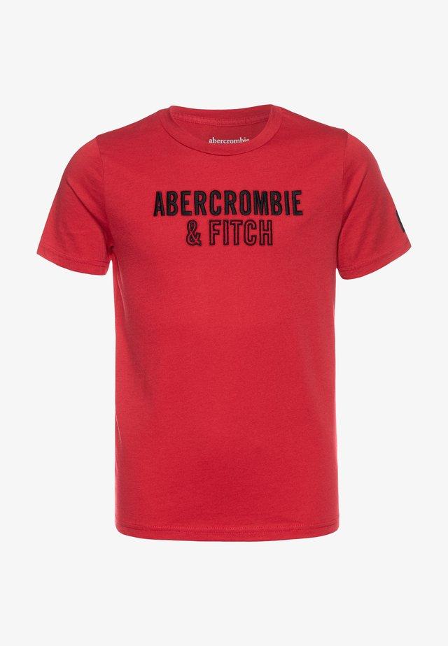 TECH LOGO - T-shirt med print - red