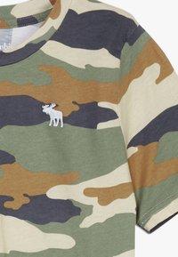 Abercrombie & Fitch - BASIC NOVELTY  - Print T-shirt - khaki - 3