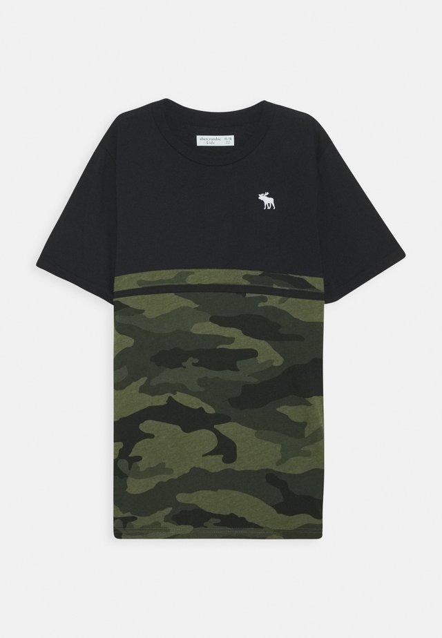 COLORBLOCK - T-Shirt print - khaki