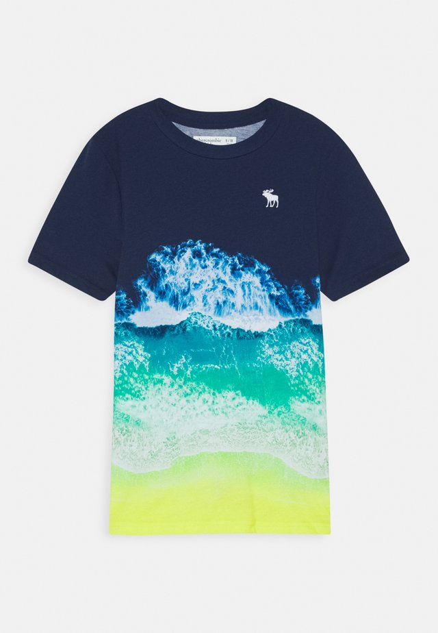 PHOTOREAL ALL OVER - Print T-shirt - navy
