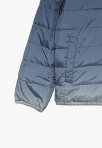 Abercrombie & Fitch - COZY PUFFER OMBRE  - Winterjas - blue - 3