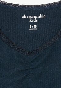 Abercrombie & Fitch - RUCH FRONT SOLID - Long sleeved top - navy - 2