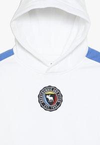 Abercrombie & Fitch - Bluza z kapturem - white - 4