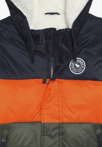 Abercrombie & Fitch - ESSENTIAL PUFFER - Vinterjacka - orange/navy/olive - 4