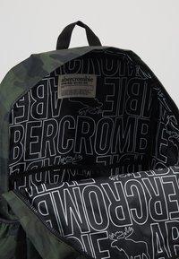Abercrombie & Fitch - LOGO BACKPACK - Rygsække - khaki - 5