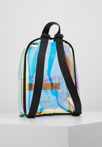 Abercrombie & Fitch - Tagesrucksack - clear - 3