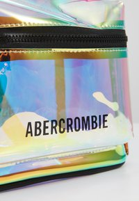 Abercrombie & Fitch - Tagesrucksack - clear - 2
