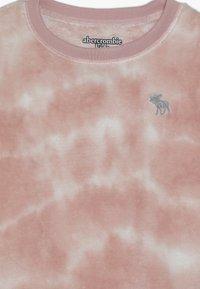 Abercrombie & Fitch - COZY SLEEP CREW  - Camiseta de pijama - pink - 3