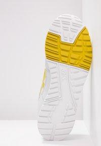 ASICS SportStyle - GELSAGA - Sneaker low - glacier grey/mustard - 4
