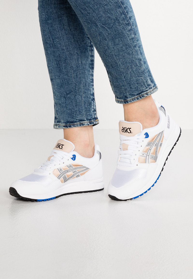 ASICS SportStyle - GELSAGA - Trainers - nude/silver