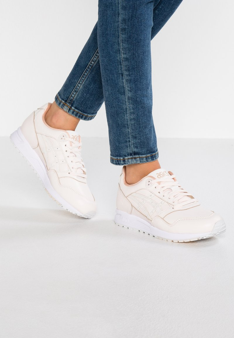 ASICS - GELSAGA - Sneaker low - blush
