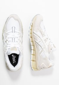 ASICS SportStyle - GEL-KAYANO 5 360 - Matalavartiset tennarit - white/cream