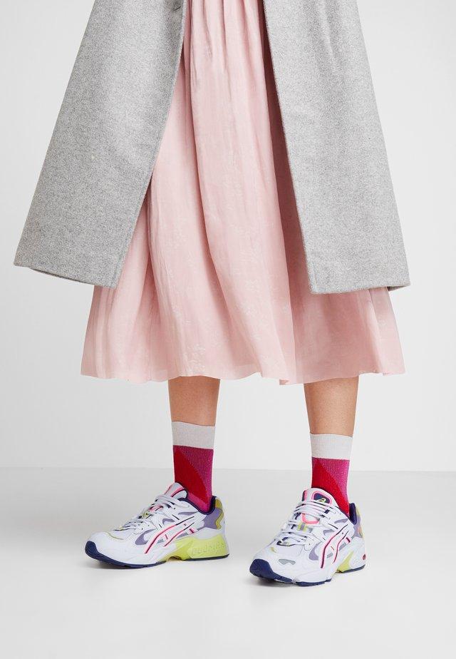 GEL KAYANO - Sneaker low - white/purple matte