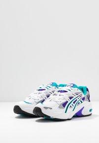 ASICS SportStyle - GEL KAYANO - Sneakers basse - white/royal azel - 4