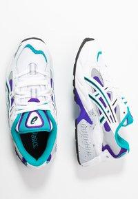 ASICS SportStyle - GEL KAYANO - Sneakers basse - white/royal azel - 3
