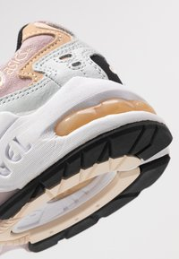ASICS SportStyle - GEL KAYANO - Trainers - polar shade/watershed rose - 2