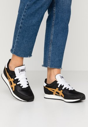 TARTHER - Sneakers laag - black/pure gold