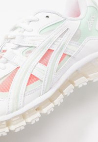 ASICS SportStyle - GEL-KAYANO 5 360 - Trainers - white/mint/tint - 2