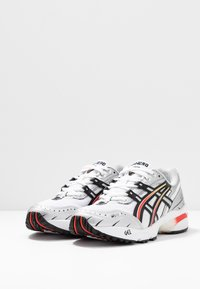 ASICS SportStyle - GEL-1090 - Joggesko - white/black - 6