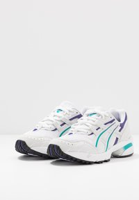 ASICS SportStyle - GEL-1090 - Trainers - white/polar shade