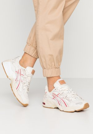 GEL-KAYANO 5 - Trainers - cream/white