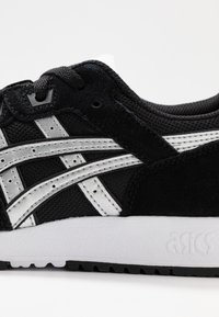 ASICS SportStyle - LYTE CLASSIC - Trainers - black/pure silver - 2