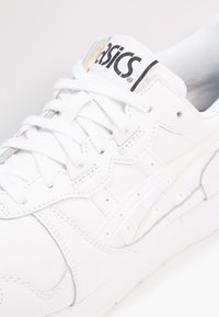 ASICS - GEL-LYTE - Matalavartiset tennarit - white - 5