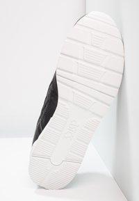 ASICS - GEL-LYTE - Sneakers laag - black - 4