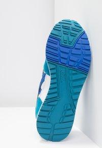 ASICS SportStyle - GELSAGA - Sneakers - white/illusion blue - 4