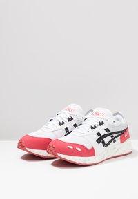 ASICS SportStyle - HYPERGEL-LYTE - Baskets basses - white/rouge - 2