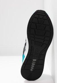 ASICS SportStyle - HYPERGEL-LYTE - Tenisky - white/teal blue - 4