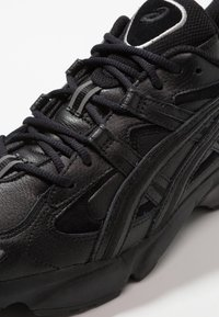 ASICS - GEL-KAYANO 5 OG - Sneakers - black - 5