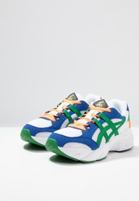 ASICS SportStyle - GEL-BND - Matalavartiset tennarit - white/green - 2